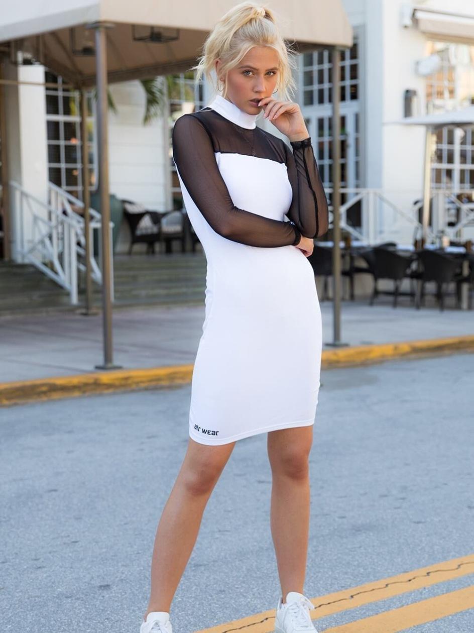 Sukienka ATR Wear High Neck Biała