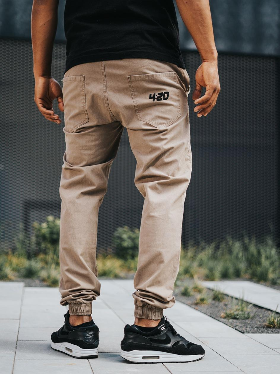 Spodnie Materiałowe Jogger Ze Ściągaczem Kush 4:20 Beżowe