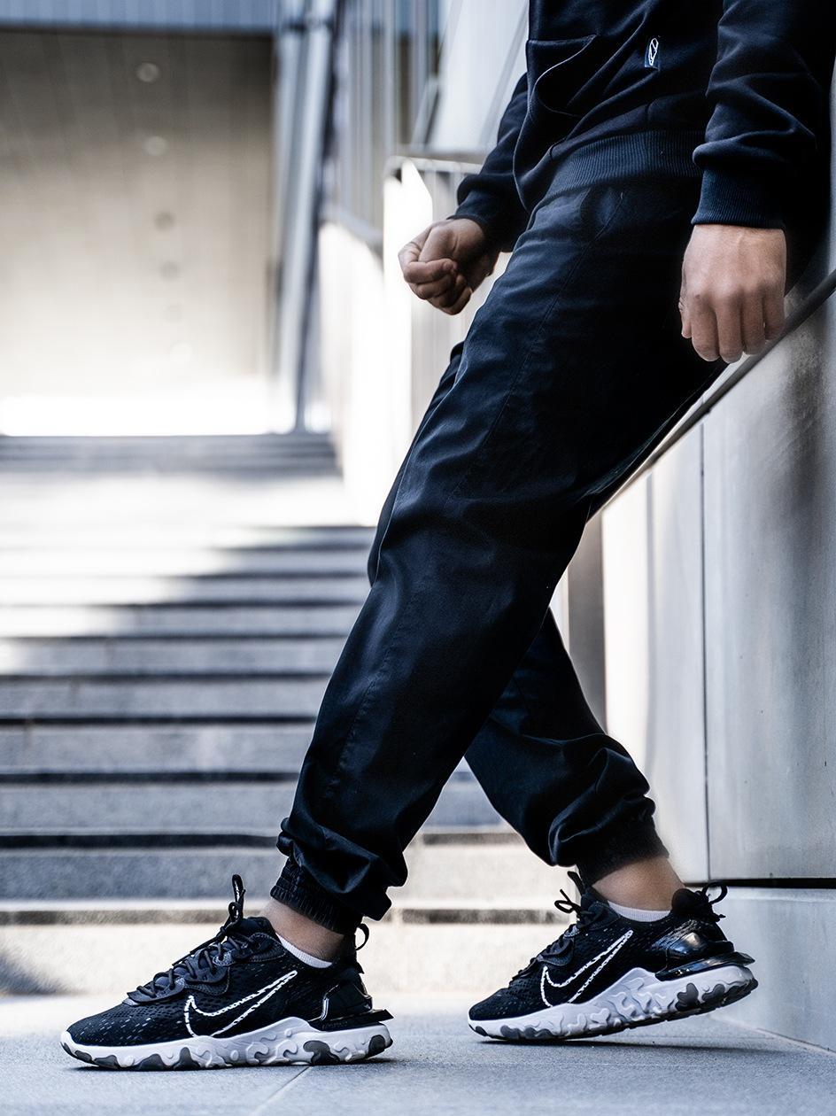 Spodnie Materiałowe Jogger Ze Ściągaczem Jigga Wear Crown Czarne / Czarne