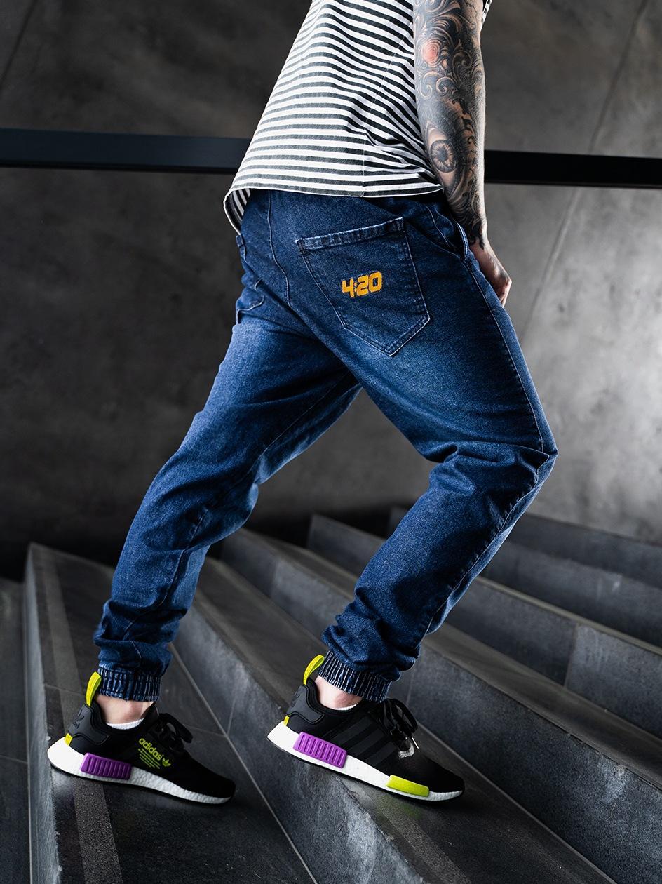 Spodnie Jeansowe Jogger Ze Ściągaczem Kush 4:20 Ciemne Niebieskie