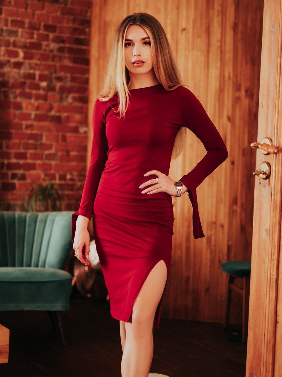 Sukienka Maxi Z Długim Rękawem Point X Bond Ciemna Czerwona