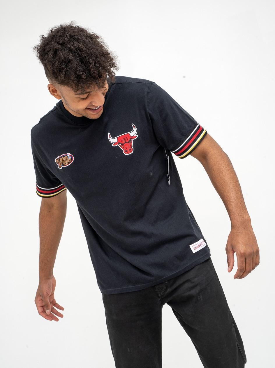 Koszulka Z Krótkim Rękawem Mitchell & Ness Chicago Bulls NBA Final Second Czarna