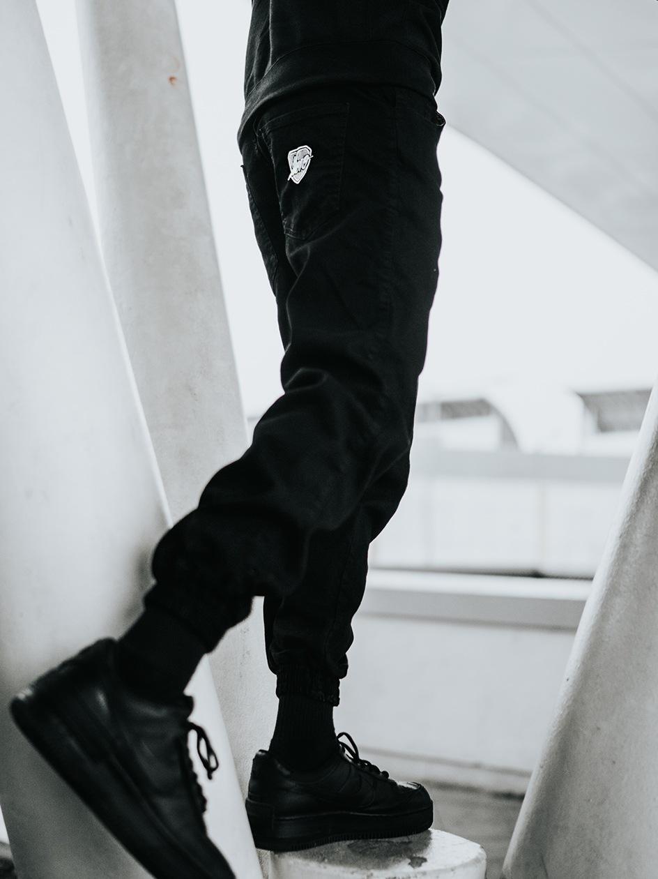 Spodnie Jeansowe Jogger Moro Sport SS21 Shield Slant Tag Pocket Czarne