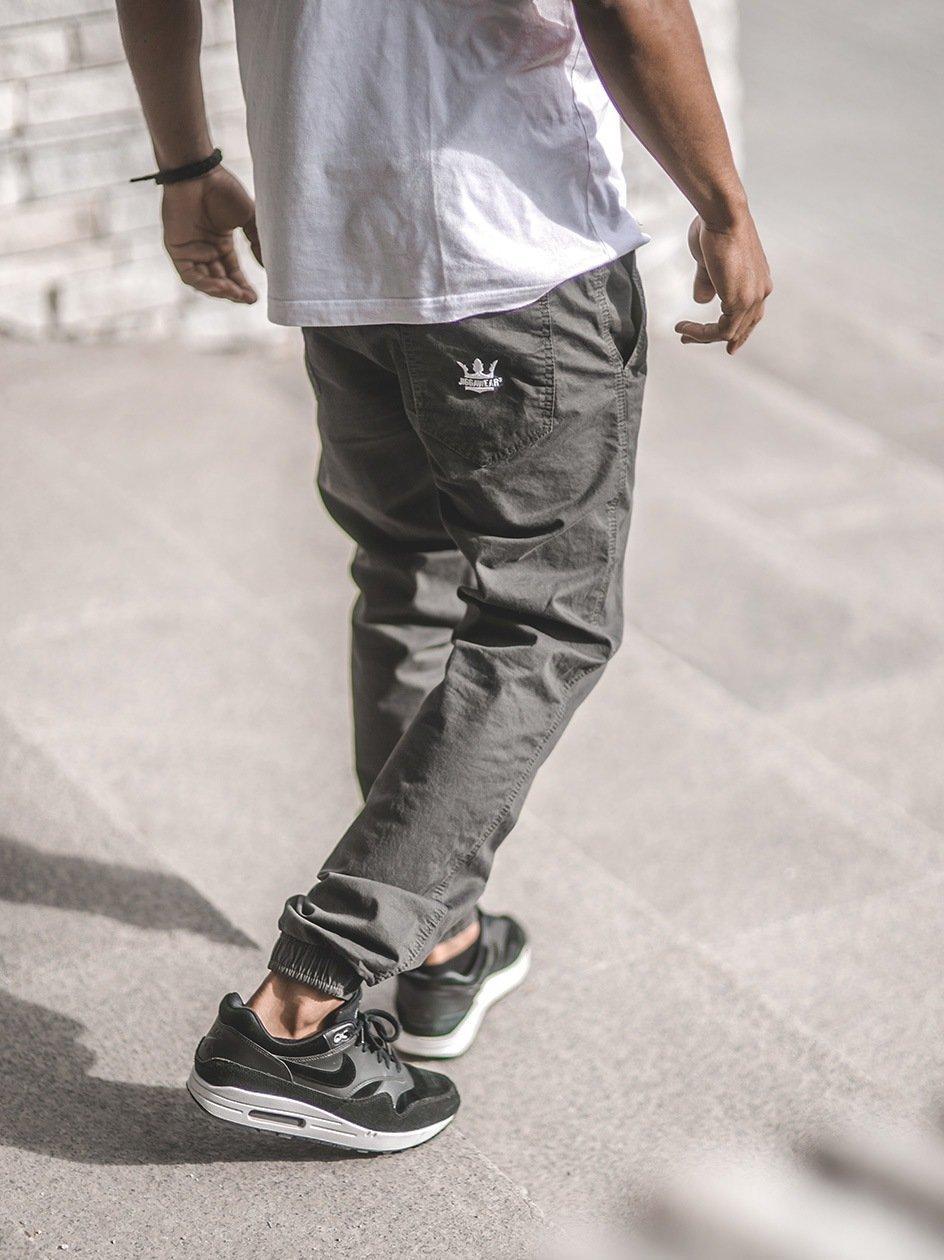 Spodnie Materiałowe Jogger Ze Ściągaczem Jigga Wear Crown Ciemne Szare