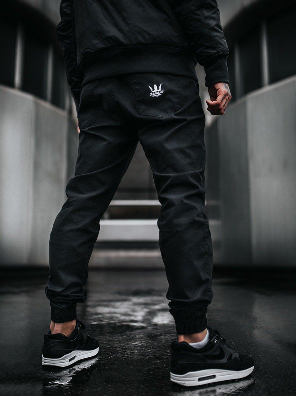 Spodnie Materiałowe Jogger Ze Ściągaczem Jigga Wear Crown Czarne
