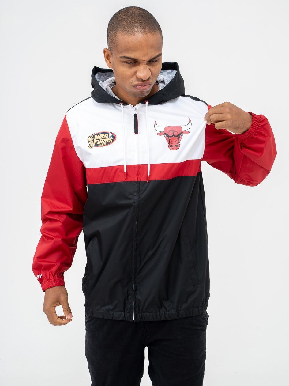 Kurtka Wiatrówka Mitchell & Ness NBA Chicago Bulls Margin Of Victory Czarna